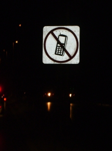 don't use cell phone while driving